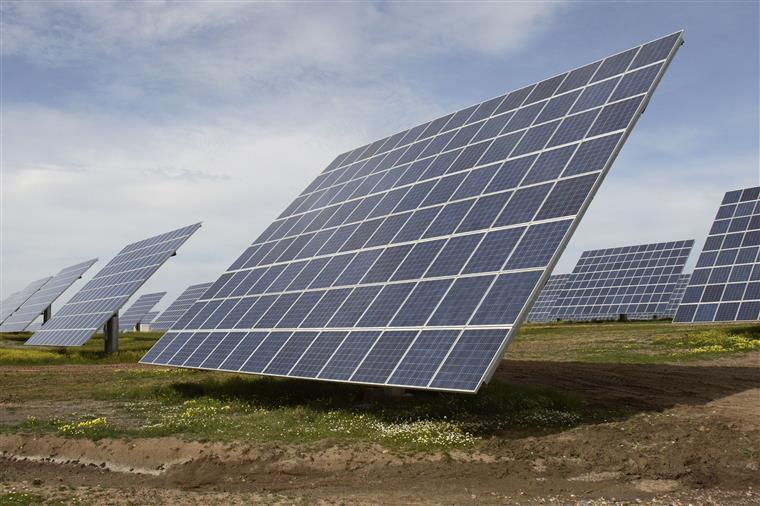 Setor fotovoltaico em Portugal está muito aquém do potencial do país